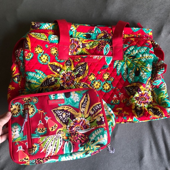 8cf57c91277e Vera Bradley Bags